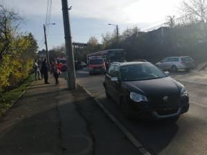 Tamponare cu trei mașini, pe Calea Unirii