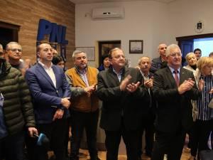 Flutur după primele rezultate de la exit poll-uri: Este o mare victorie pentru România şi pentru Klaus Iohannis