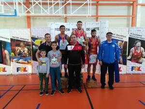 Sucevenii Adrian Agache şi Ion Bălan au ocupat primele două locuri la categoria 77 de kilograme