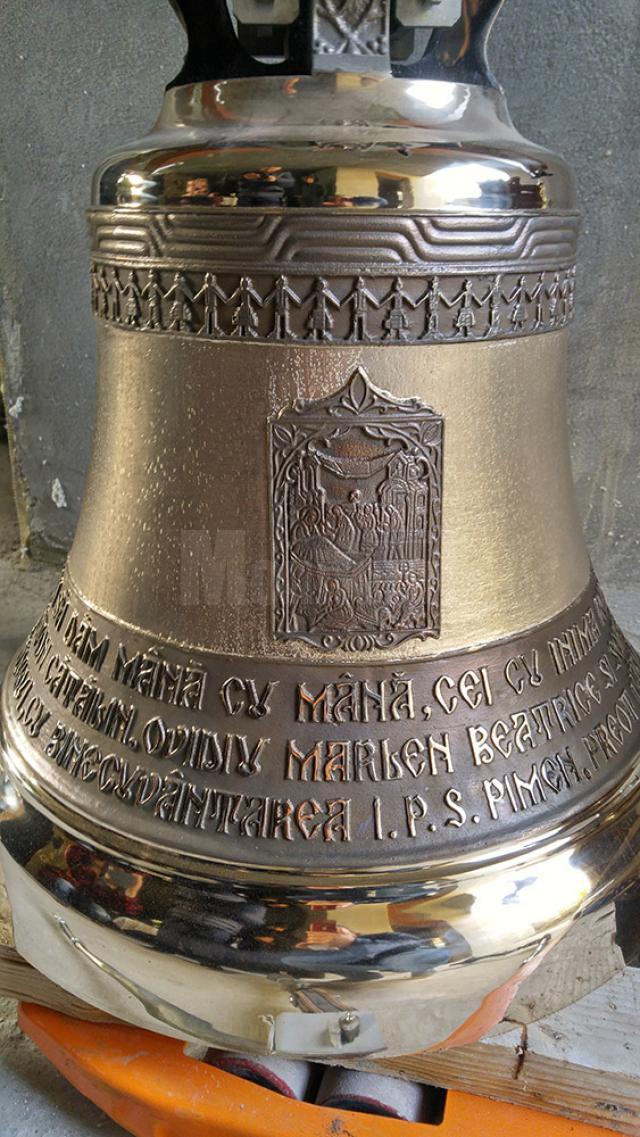 Cele trei clopote care vor fi montate în curând în Turnul Unirii
