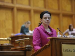 Angelica Fădor va prelua conducerea Comisiei de administrație publică din Camera Deputaților