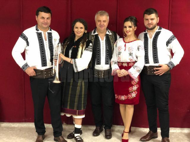 Taraful Florin Mucea și Angelica Flutur, la Balul românilor din Italia
