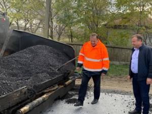 Flutur a verificat lucrările de asfaltare de pe drumurile din judeţ