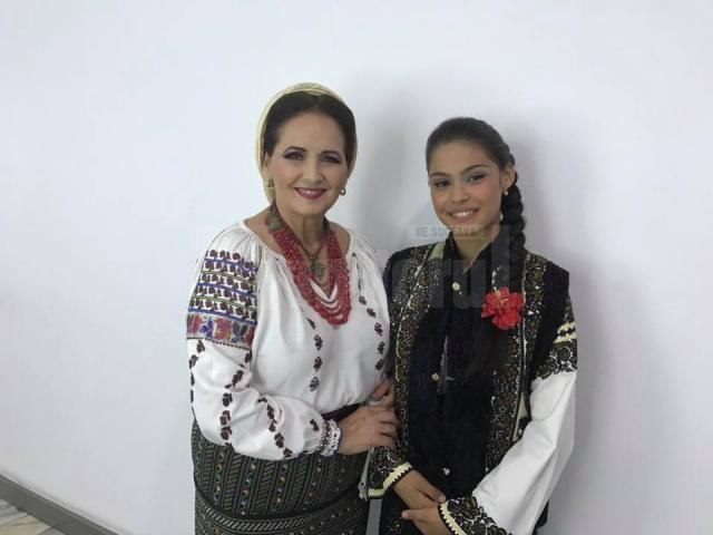 Artista Margareta Clipa și eleva Angela Galea