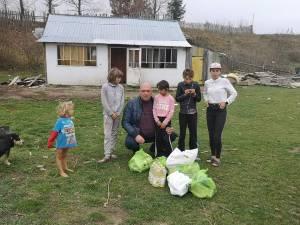 Mugurel Duceag, alături de copii