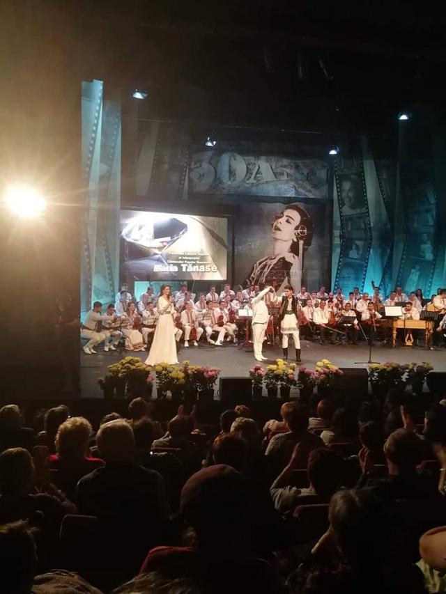 """Elevul sucevean Andrei Mironescu, pe podium la prestigiosul Festival-Concurs Naţional """"Maria Tănase"""""""
