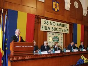 Autorităţile judeţene şi locale au evocat însemnătatea Unirii Bucovinei cu Țara