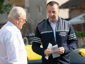 Viceprimarul Lucian Harșovschi, prezent în teren la acțiunile de informare a cetățenilor în privința depozitării corecte a deșeurilor