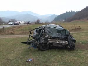 Accidentul cu doi morţi de la ieşirea din Câmpulung Moldovenesc spre Prisaca Dornei, provocat de un tânăr în vârstă de 30 de ani, fără permis de conducere