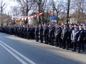 Parada de 1 Decembrie, din centrul Sucevei, a fost urmarită de mii de oameni 3