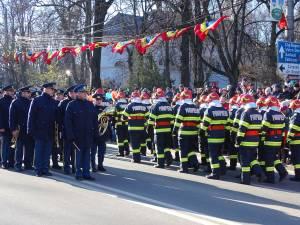 Parada de 1 Decembrie, din centrul Sucevei, a fost urmarită de mii de oameni 9