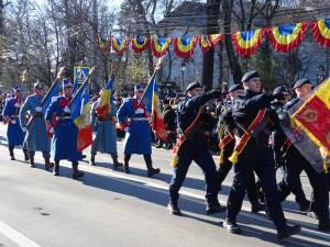 Parada de 1 Decembrie, din centrul Sucevei, a fost urmarită de mii de oameni 10