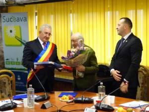 """Veteranul de război Nicolai Berariu, în vârstă de aproape 100 de ani, a devenit """"Cetățean de onoare"""" al Sucevei"""