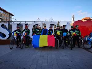 """Membrii Asociației Sportive """"Suceava pe Bicicletă"""", prezenți la manifestările dedicate Zilei Naționale a României 2"""