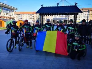 """Membrii Asociației Sportive """"Suceava pe Bicicletă"""", prezenți la manifestările dedicate Zilei Naționale a României 3"""