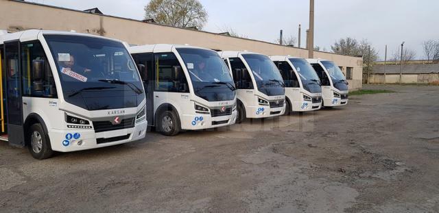 """Lungu: """"Transportul public local va deveni un serviciu civilizat, cu costuri suportabile pentru cetăţeni"""""""