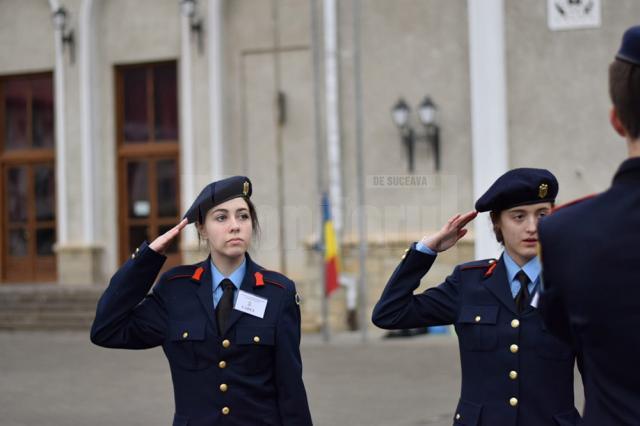 """Elevi din Suceava și Iași, cadeți pentru o săptămână la Colegiul Militar """"Ștefan cel Mare"""""""