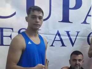 Laurenţiu Ungureanu, alături de antrenorul Andu Vornicu