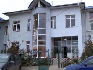 """Şcoala """"Constantin Morariu"""" din Pătrăuţi, unde a avut loc agresiunea"""