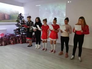 Copiii de la Centrul Şcolar de Educaţie Incluzivă Suceava au primit daruri de la Moș Nicolae