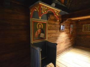 """Restaurarea completă a Bisericii de lemn """"Sf. Dumitru"""" Adâncata II, monument istoric, la final"""