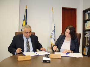 """Acord bilateral între Universitatea din Suceava și Universitatea de Stat """"Dimitrie Cantemir"""" din Chișinău"""