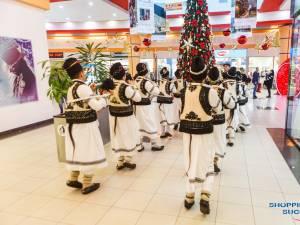 Întâlniri cu Moș Crăciun, premii și spectacole de colinde îi așteaptă pe vizitatori la Shopping City Suceava 3