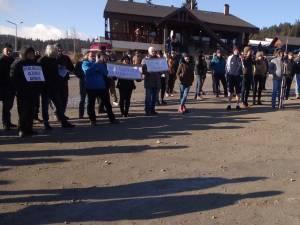 Protest in Pasul Mestecanis, contra punerii în folosință a gropii ecologice de gunoi 4