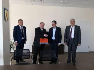 Flutur a semnat contractul pentru cel mai mare proiect pe fonduri europene din judeţul Suceava