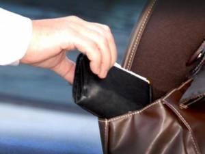 Furturile de portofel din autobuze au fost rare in ultima perioadă