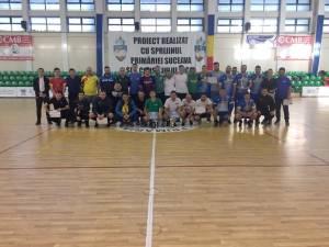 Poză de grup cu participanţii la Memorialul Lilioara Grămadă