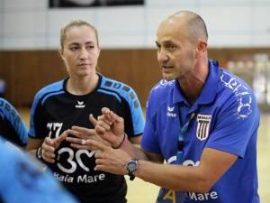 Costică Buceschi este în prezent unul dintre cei mai în vogă antrenori de handbal din România