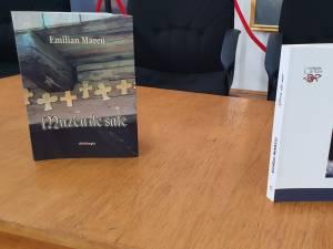 """Emilian Marcu, proaspăt laureat al Academiei Române, cu premiul """"Ion Creangă"""" pentru proză, și-a lansat două cărți la Suceava"""