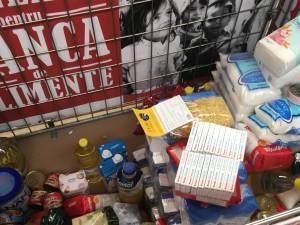 Peste 1100 kg de alimente, distribuite anul trecut, de Crucea Roşie Suceava, familiilor nevoiaşe