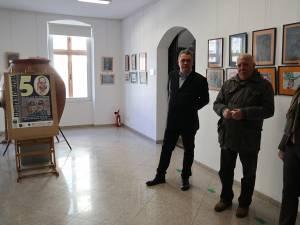 """Ovidiu Ambrozie Bortă-BOA (stânga) este considerat de Ion Drăgușanul """"cel mai bun portretist român"""""""