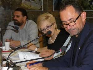 Marian Andronache îndemană sucevenii să participe la adunările Asociațiilor de Proprietari, mai ales că, pentru luarea unei decizii, cvorumul necesar este de 50%+1