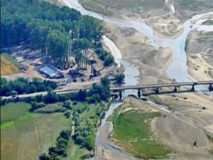 CJ Suceava a început procedurile pentru construcţia unui nou pod peste râul Moldova, în comuna Cornu Luncii