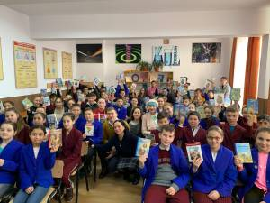 Donație de peste 2000 de cărți în satele din județul Suceava