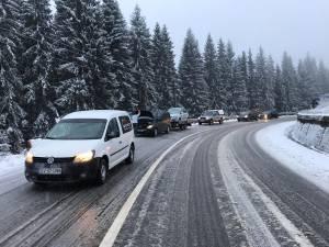 Circulația se desfășoară în condiții de iarnă