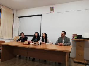 """Organizatorii au promovat concursul """"Spiriduşii Atletismului"""" în cadrul unei conferinţe de presă"""