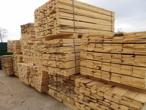 Mai mult de 50 de metri cubi de cherestea au fost confiscaţi în timpul controalelor