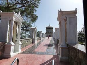 Lazăr cel înviat din morţi şi Afrodita te aşteaptă să-i descoperi
