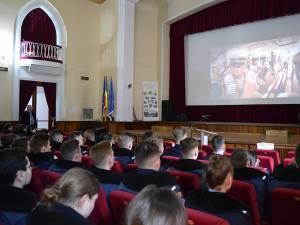Elevii militari au aflat despre oportunitățile unei cariere în marină