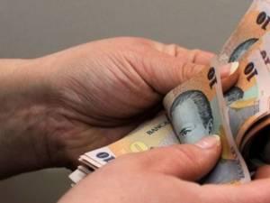 Banii pentru subvenţiile acordate celor care angajează şomeri, oameni peste 45 de ani sau în prag de pensionare, mai puţini faţă de cheltuielile de anul trecut