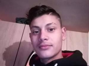 Gabi-Gavril Litră, de 19 ani, individul care şi-a bătut cu biciul iubita minoră gravidă