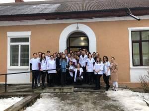 190 de copii au fost consultați gratuit de medici voluntari, la Sucevița