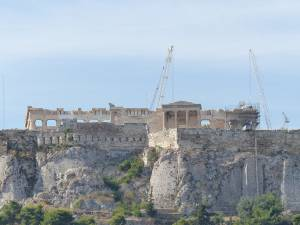 Acropolele, una din principalele atracții din Atena