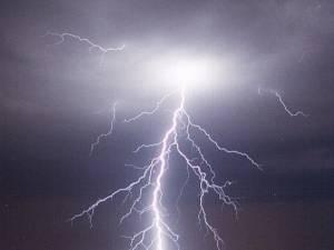 """""""În timp de furtună"""""""