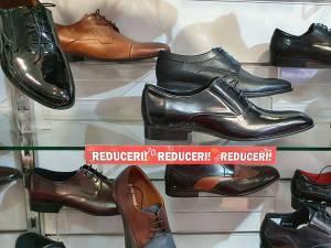 """""""La Strada""""- perioadă de soldări și reduceri de până la 70% la zeci de produse"""