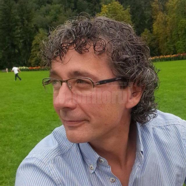 Cezar Corlățan, un humorean care locuiește acum în Salzburg, Austria
